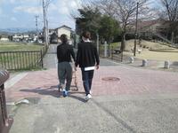 屋外歩行.JPGのサムネイル画像